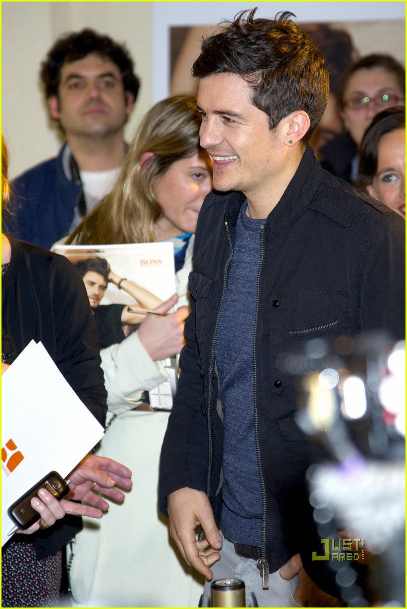 orlando bloom boss orange photo call 04