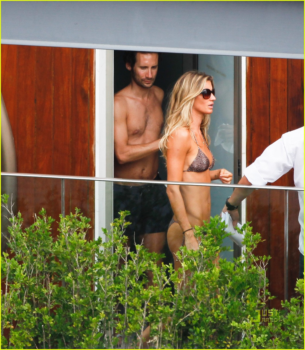 gisele bundchen bikini hotel pool brazil 142525462