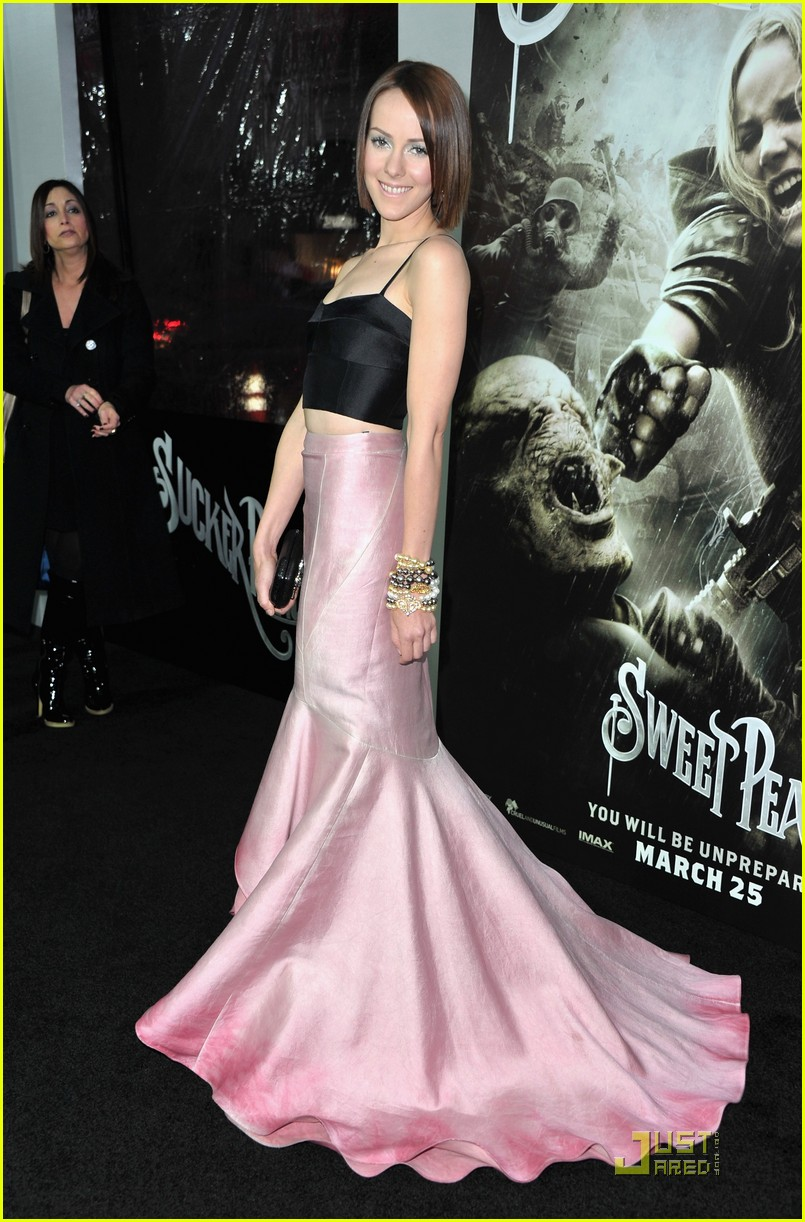 emily browning jamie chung sucker punch premiere 052529981