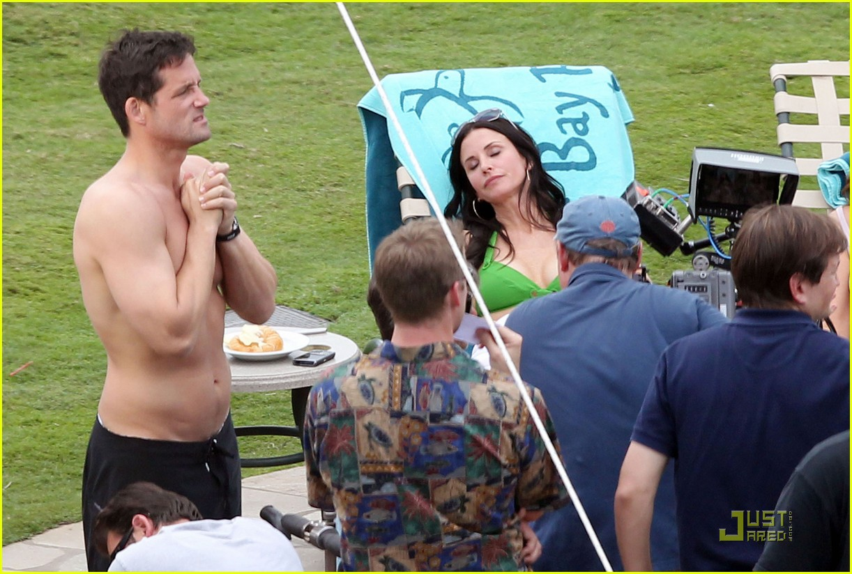 courteney cox josh hopkins cougar town twosome 072524658