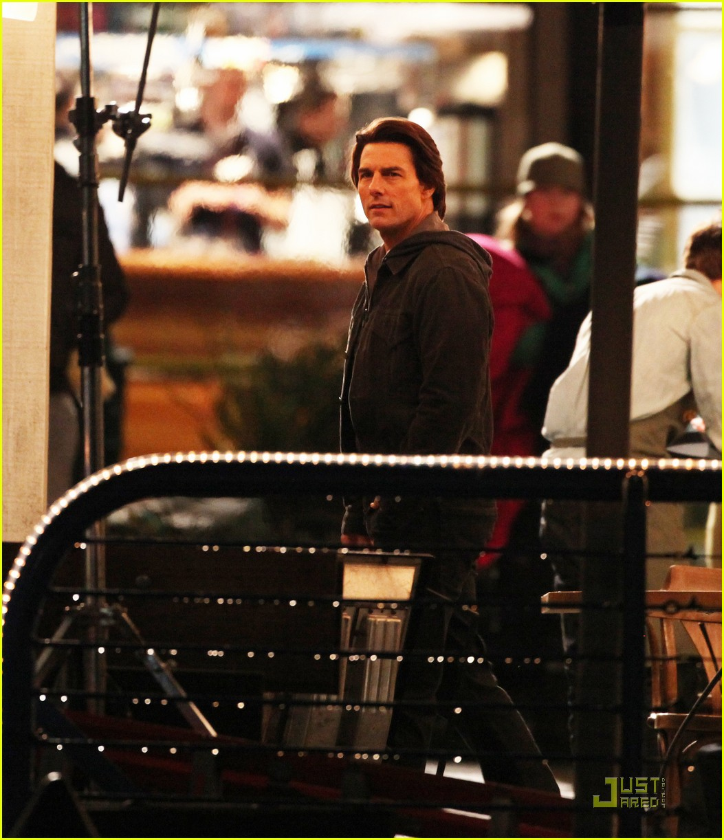 tom cruise ghost protocol night shoot 02