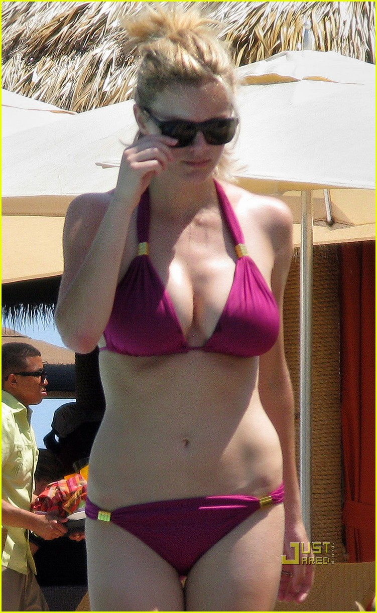 brooklyn decker fuschia bikini miami 02