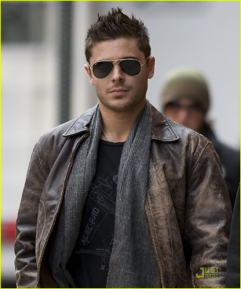 zac efron fan friendly 032524644