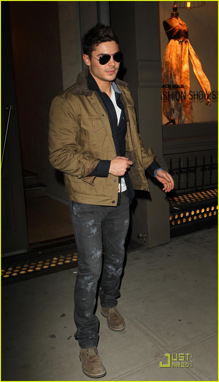 zac efron shopping in new york city 052524866