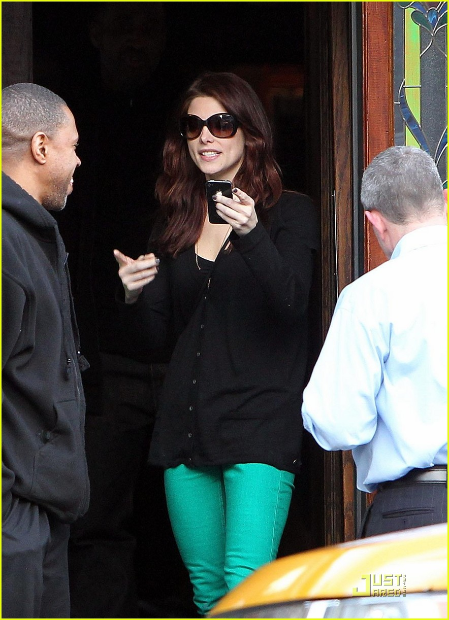 ashley greene st patricks day with jared followill 012528401