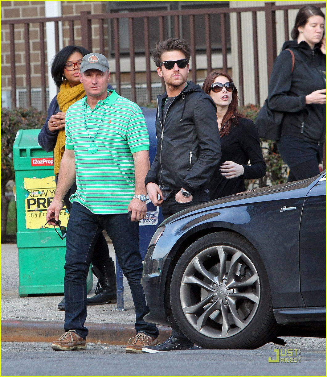ashley greene st patricks day with jared followill 08
