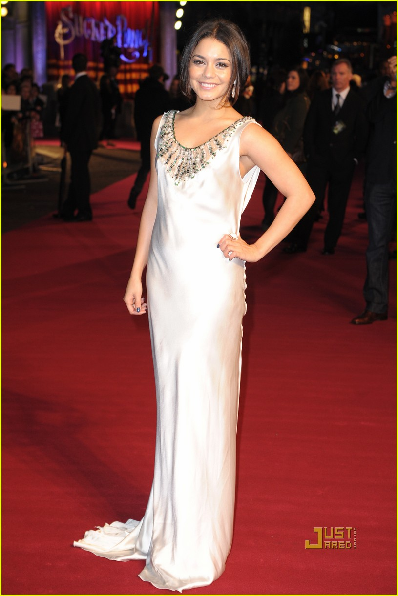 vanessa hudgens sucker punch london premiere 012531484