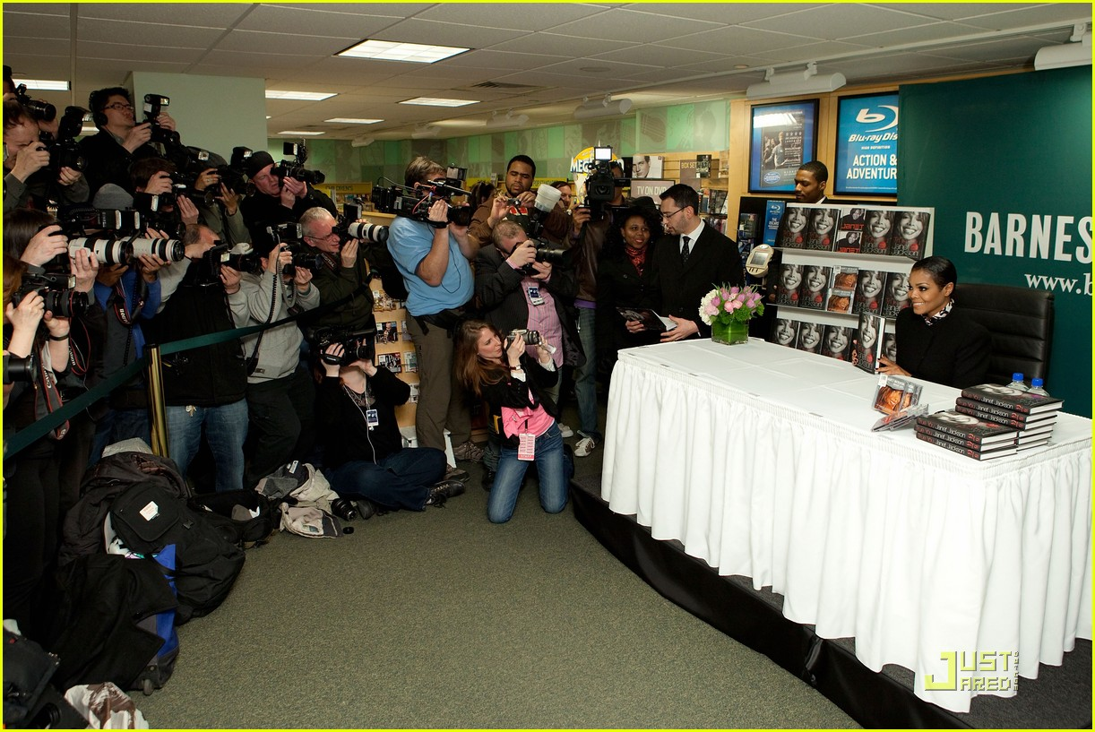 Janet Jackson: 'True You' Barnes & Noble Book Signing