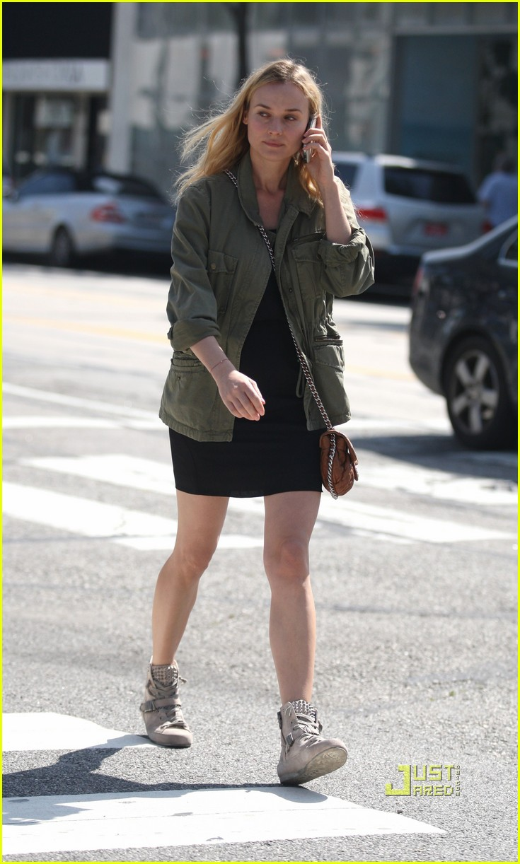 diane kruger military jacket phone 07