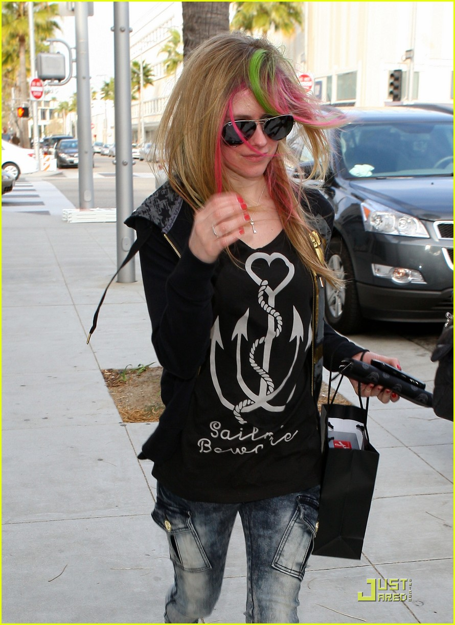 avril lavigne what the hell 032528223