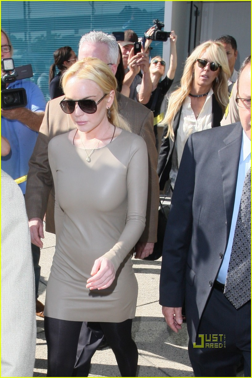 lindsay lohan court march 10 092526695