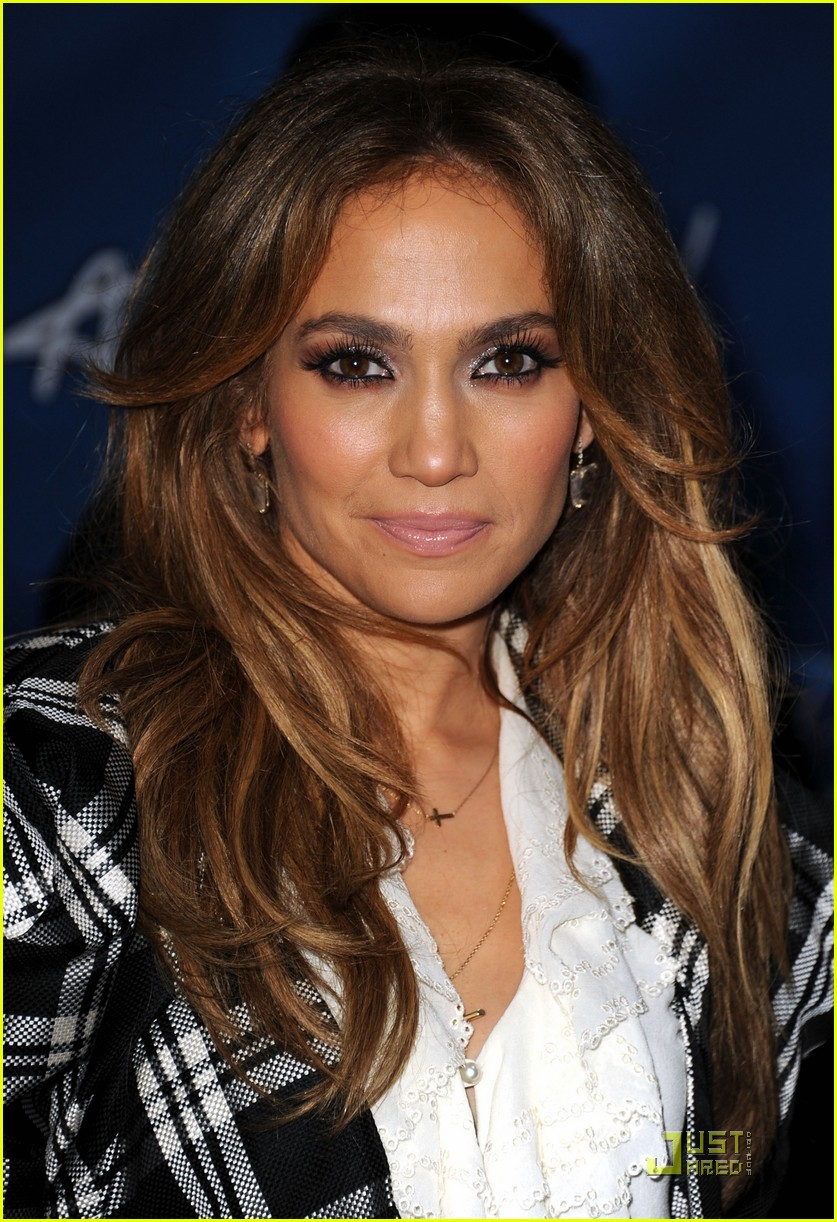 jennifer lopez american idol finalist party 032524931