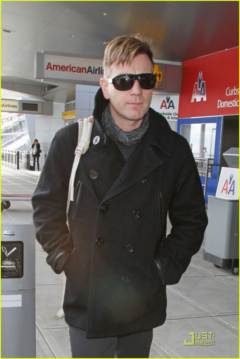 ewan mcgregor new haircut 022525302