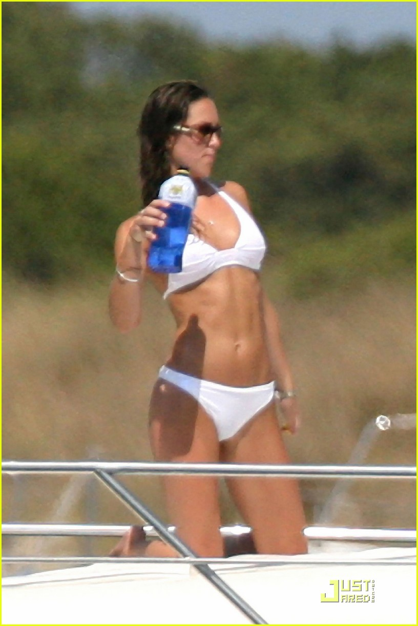 kate middleton prince william bikini 022527371
