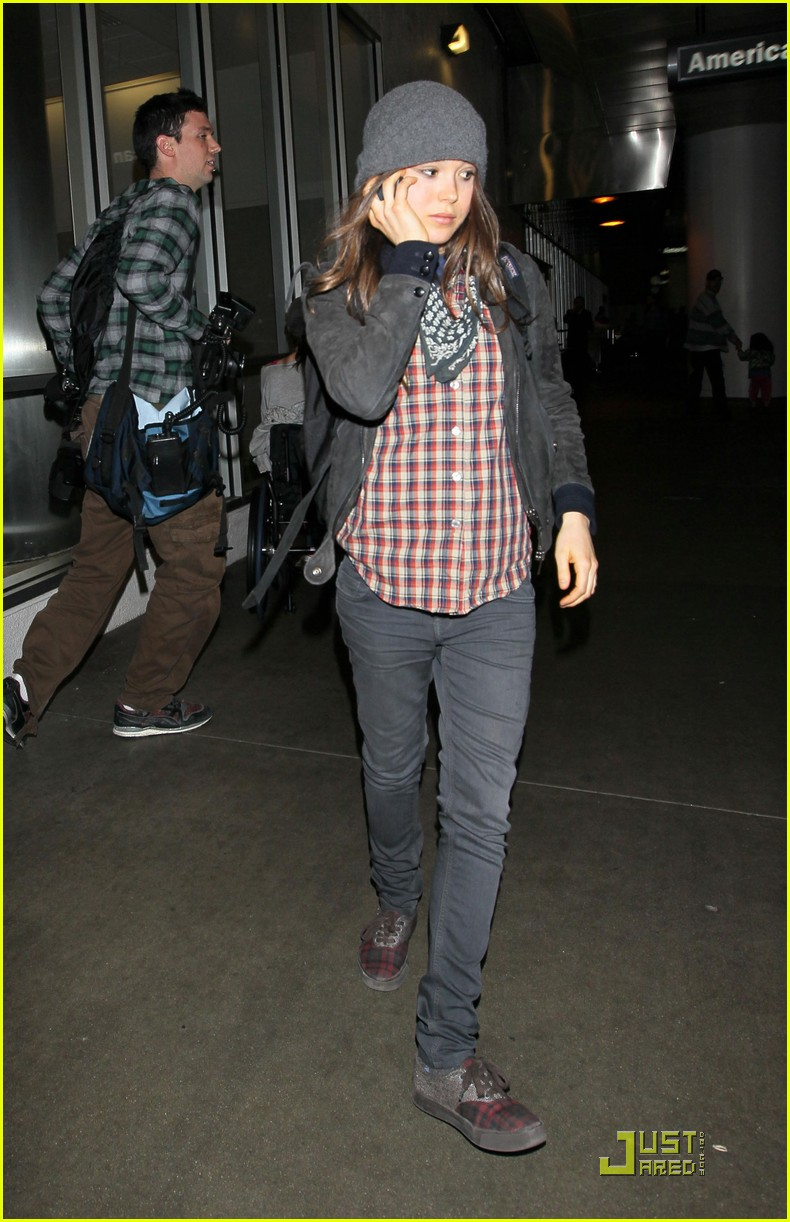 ellen page lands in los angeles 042527762