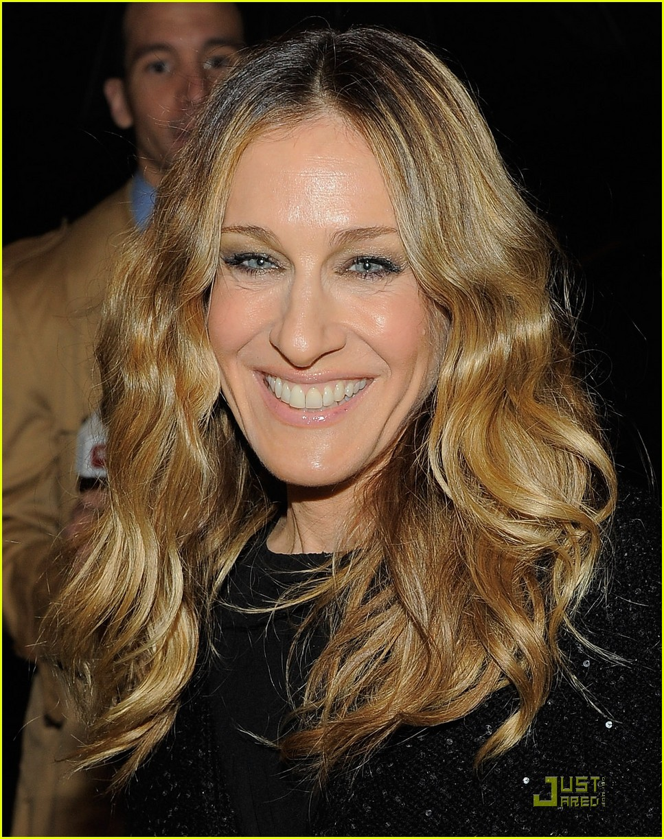 sarah jessica parker that championship opening 022525592