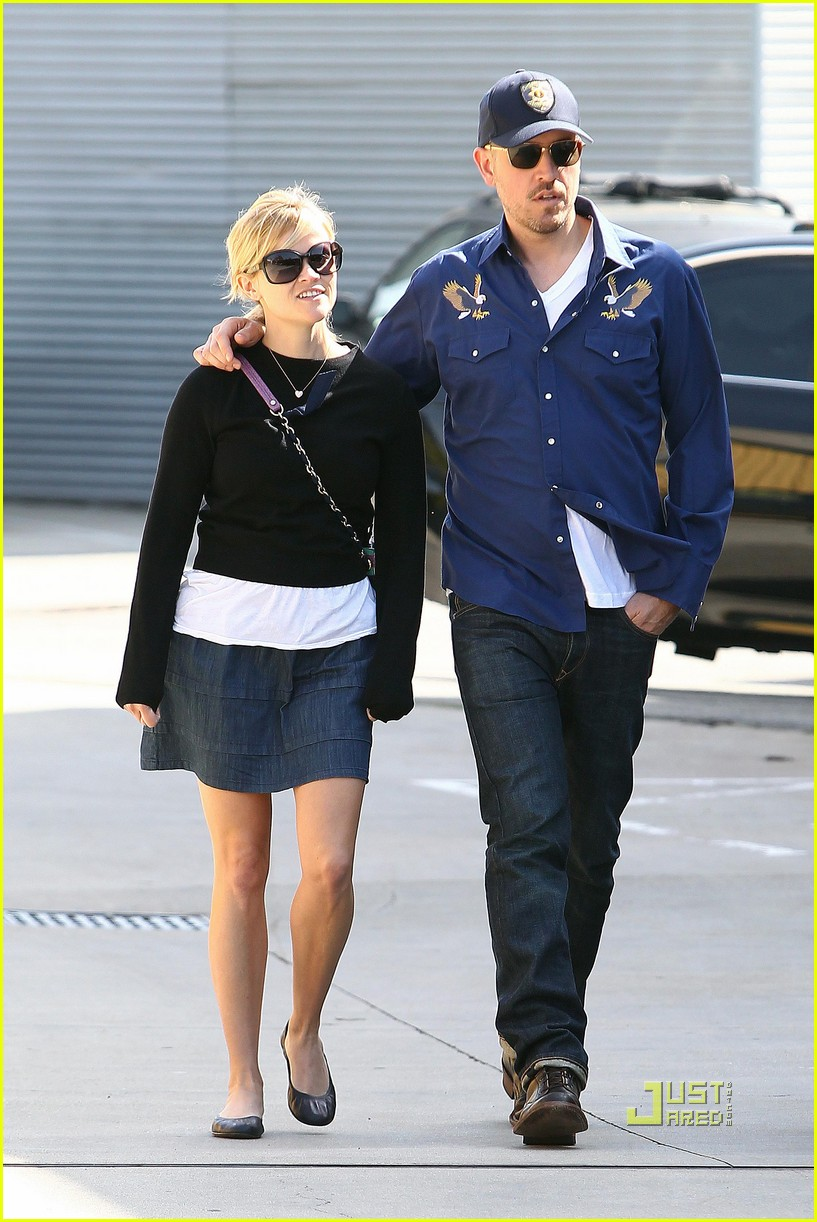 reese witherspoon jim toth church 01