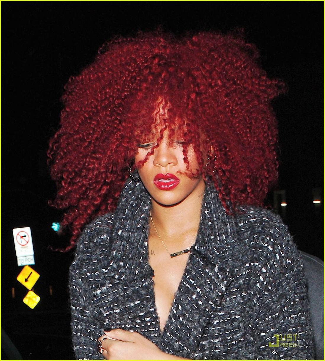 Rihanna Curves Curls At Giorgio Baldi Photo 2527628 Rihanna