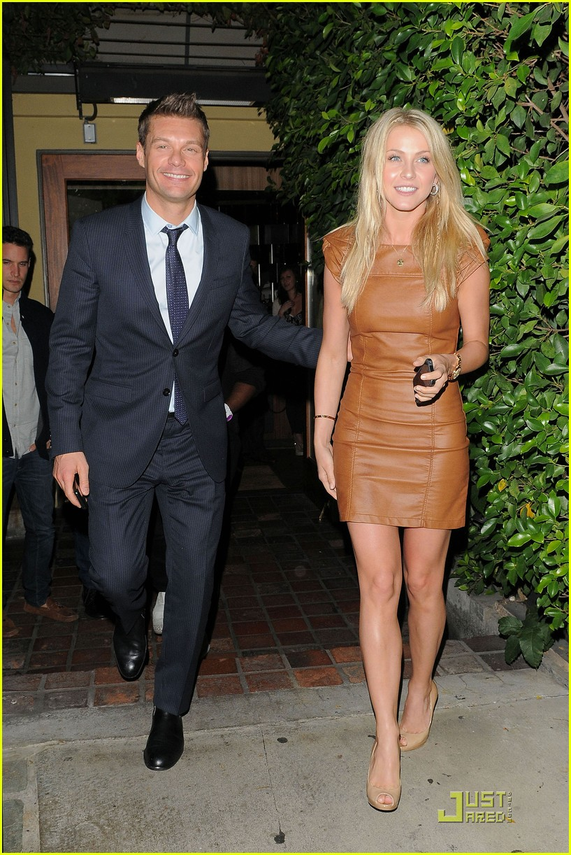 ryan seacrest julianne hough ago 02