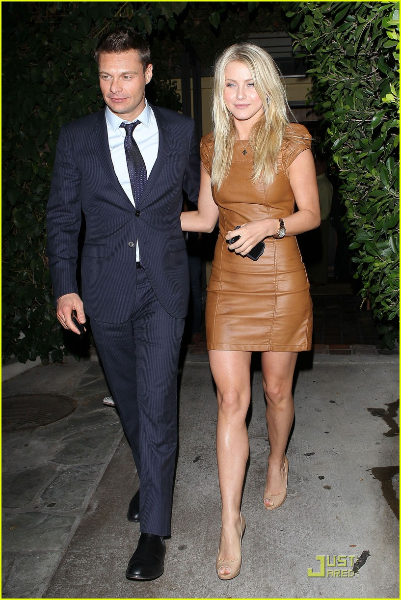 Full Sized Photo of ryan seacrest julianne hough ago 07 ...