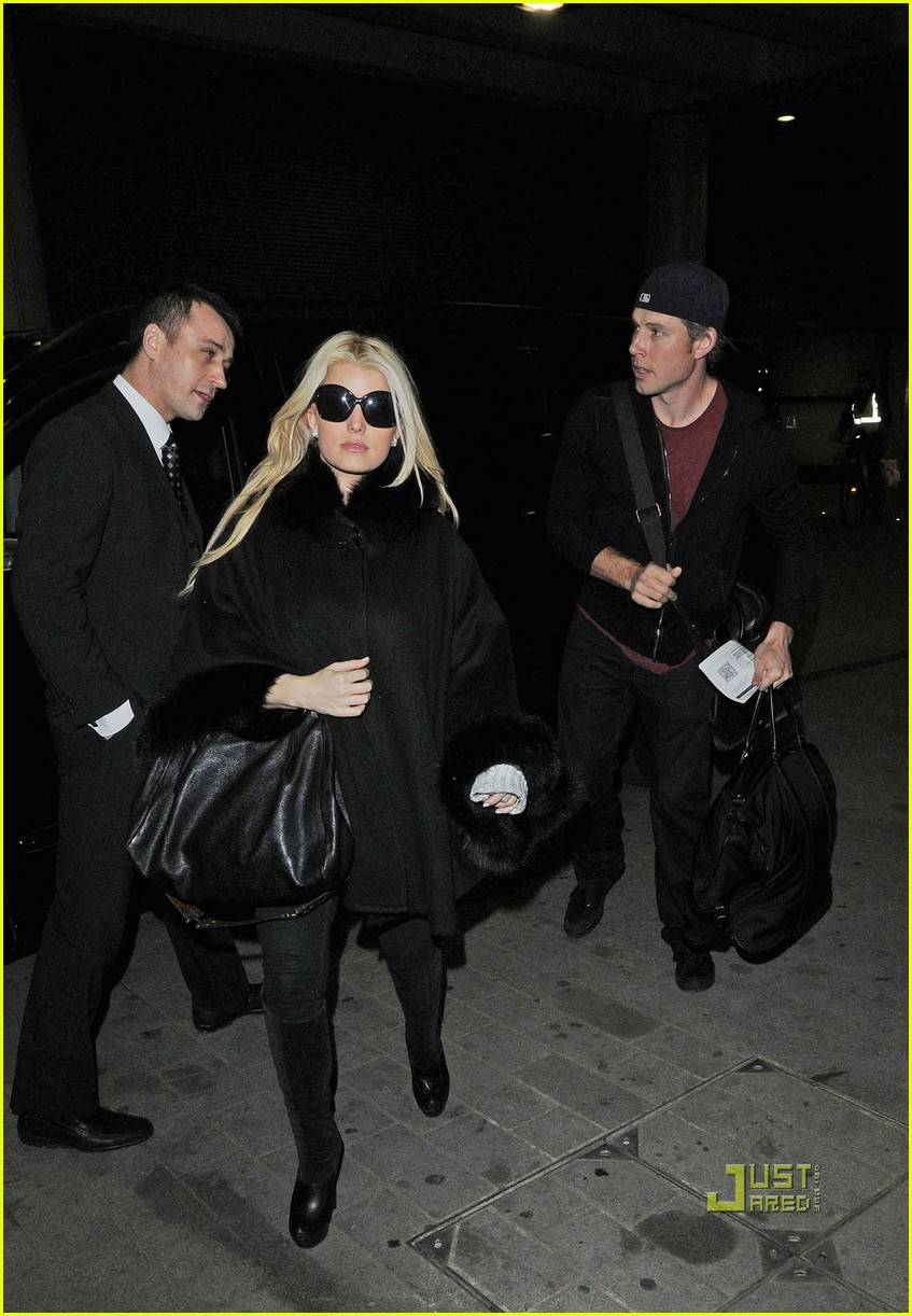 jessica simpson eric johnson eurostar to france 052525809