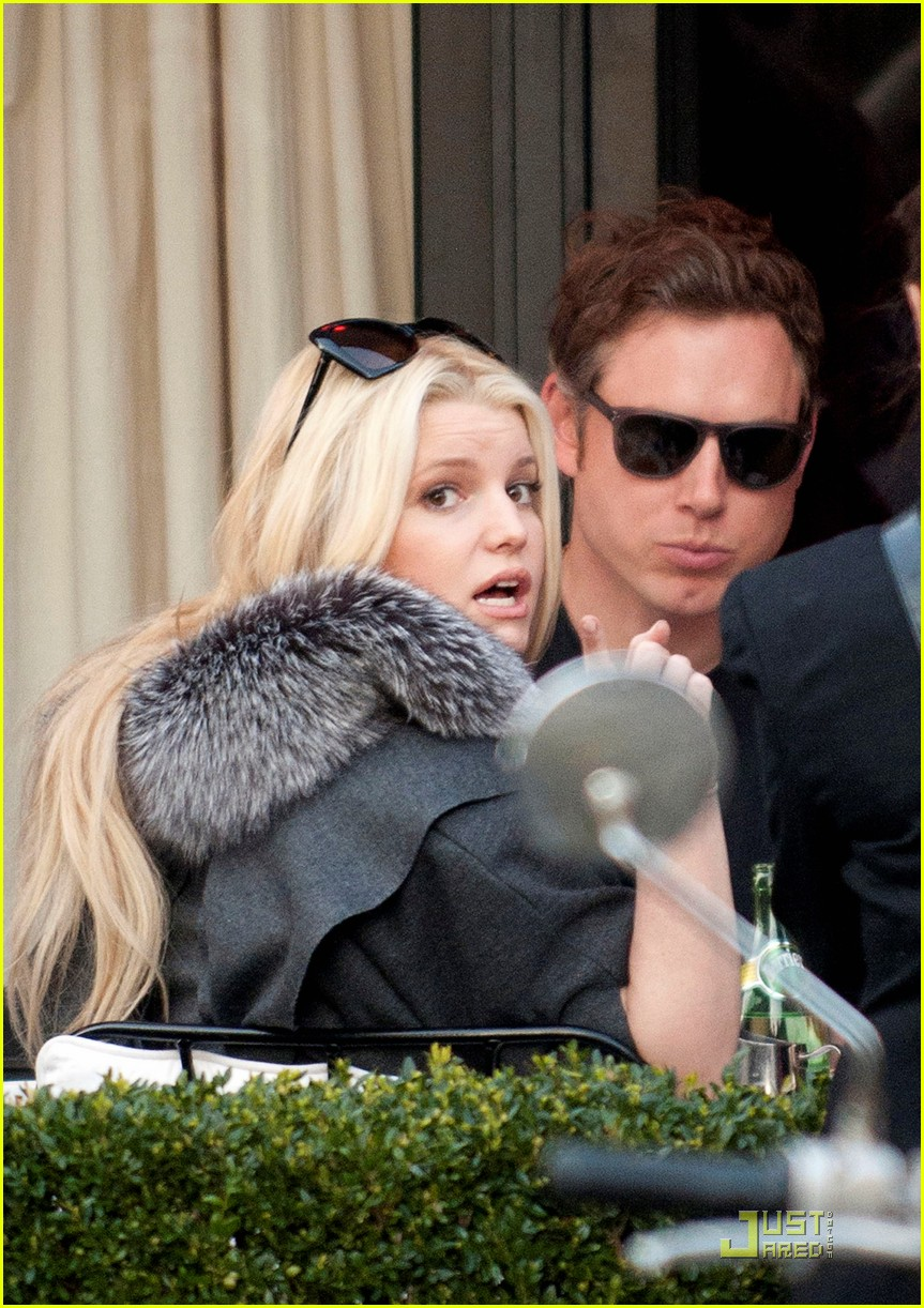jessica simpson eric johnson lavenue 032527098
