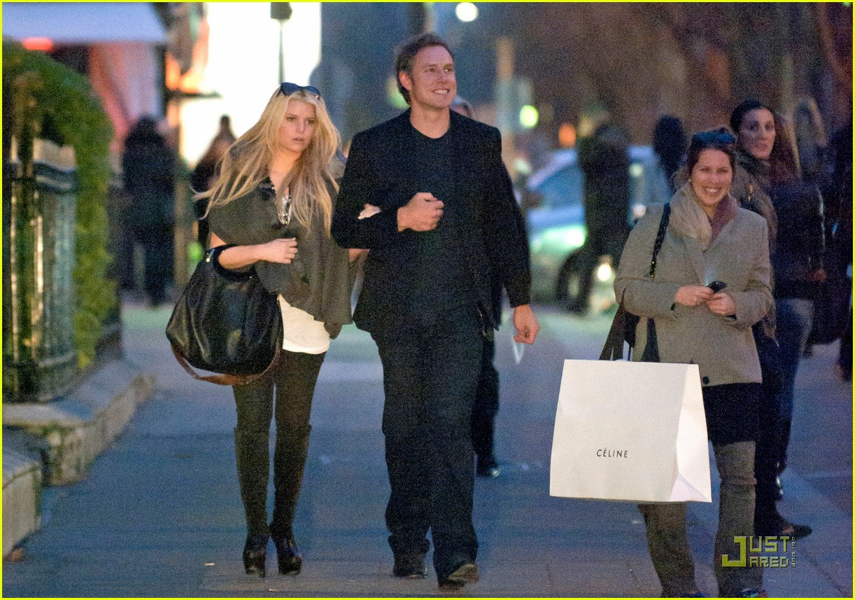jessica simpson eric johnson lavenue 052527100