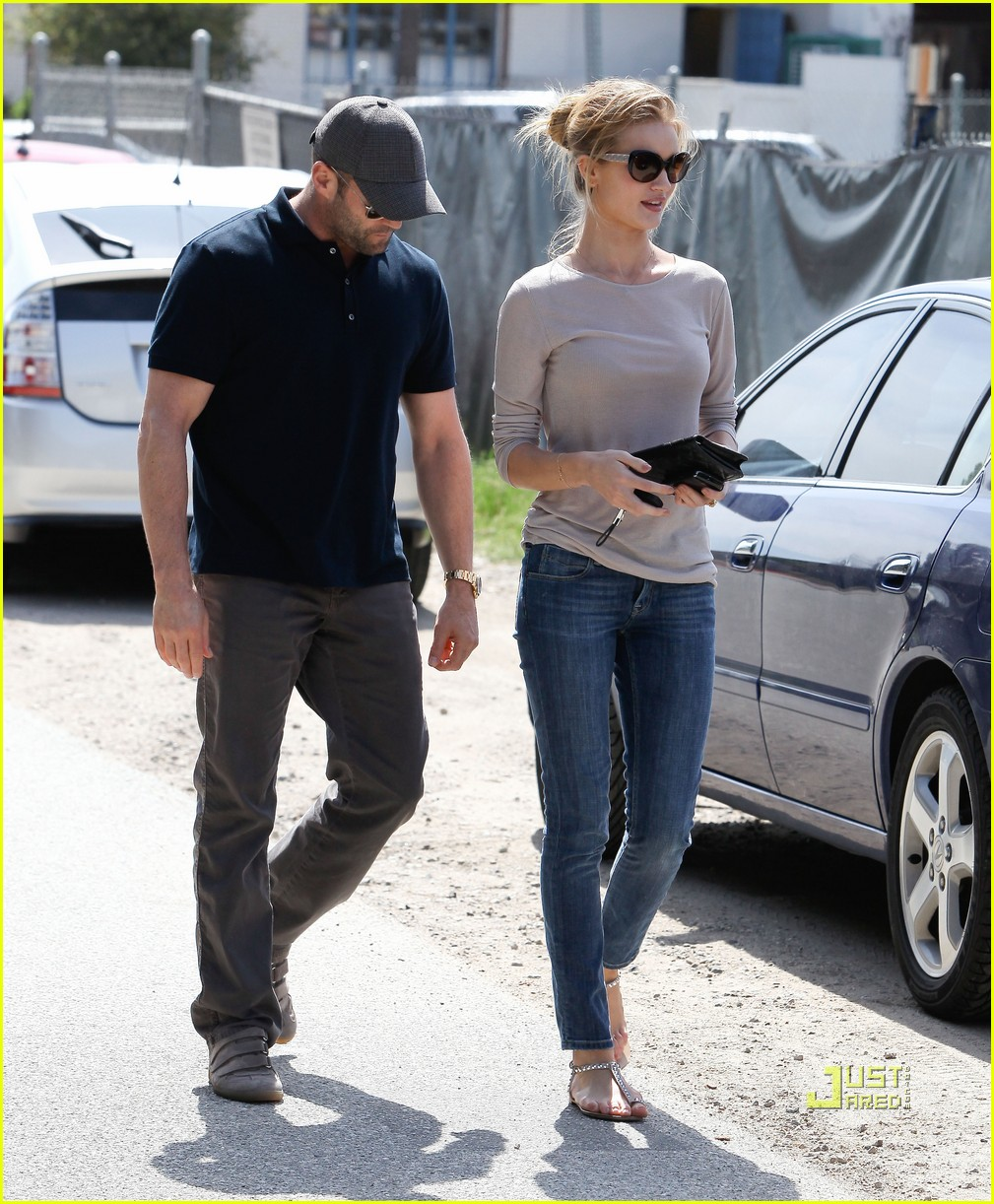 rosie huntington whiteley jason statham taverna 072528284