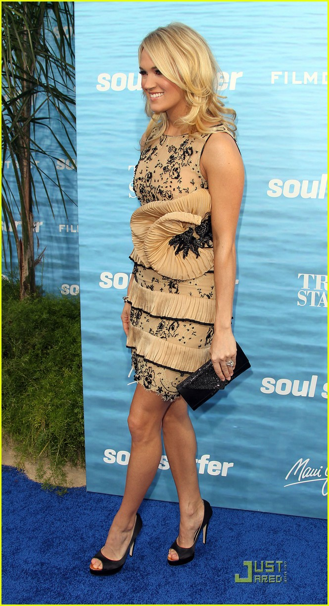carrie underwood soul surfer premiere 11