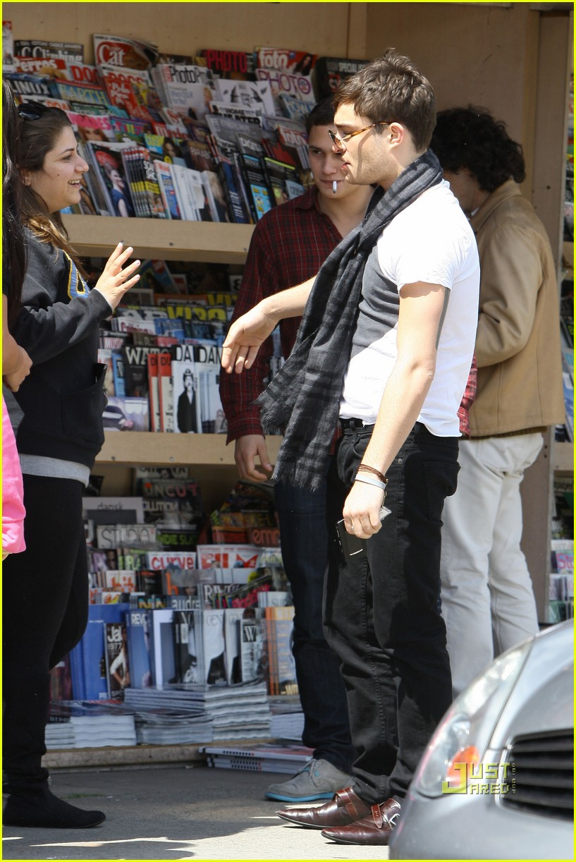 ed westwick kings road cafe 07