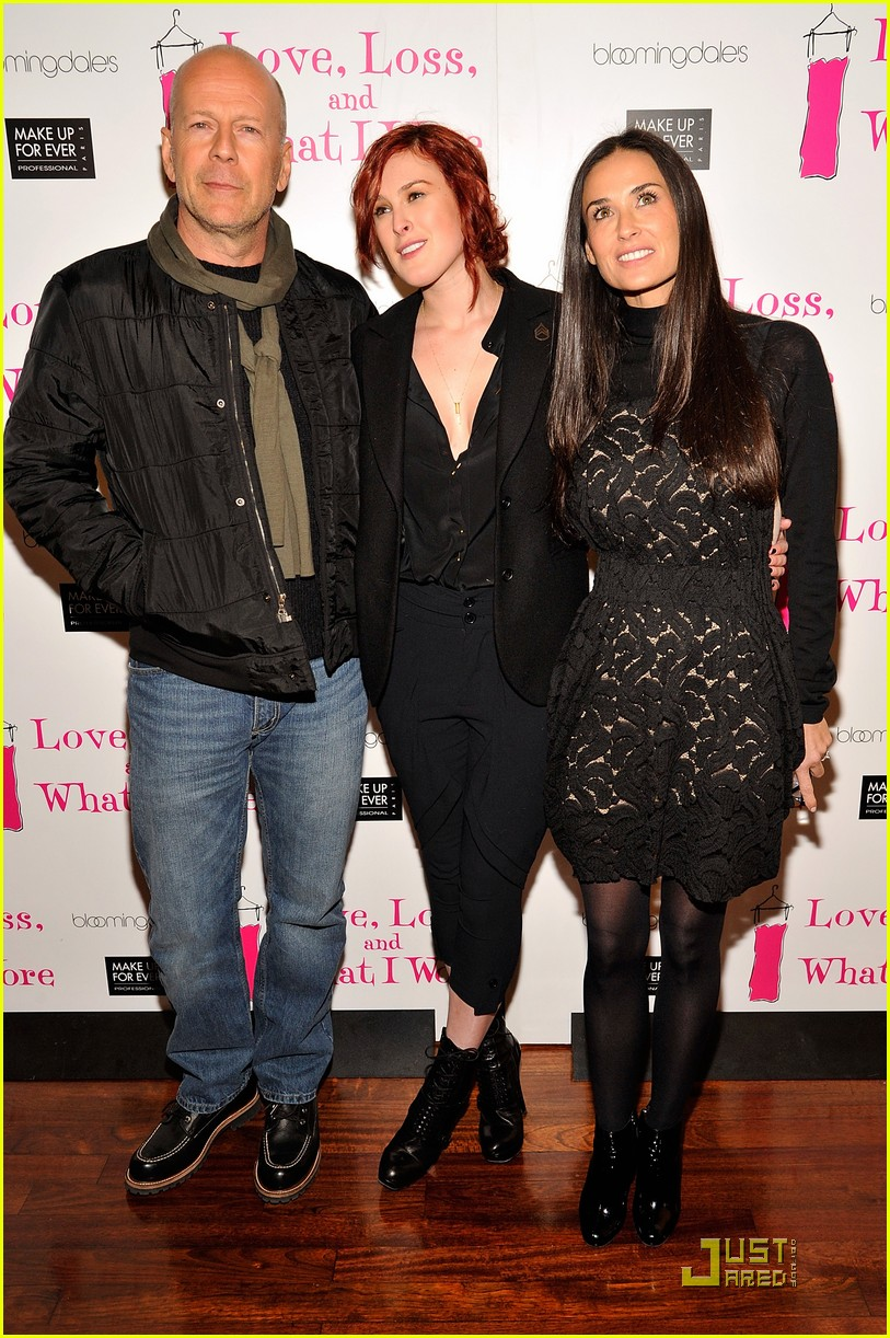 rumer willis has proud parents 08