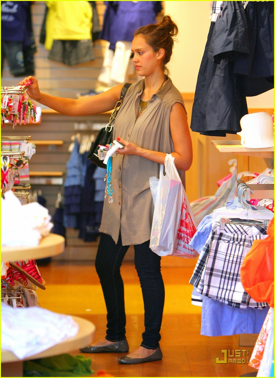 jessica alba shopping day with honor 062537784