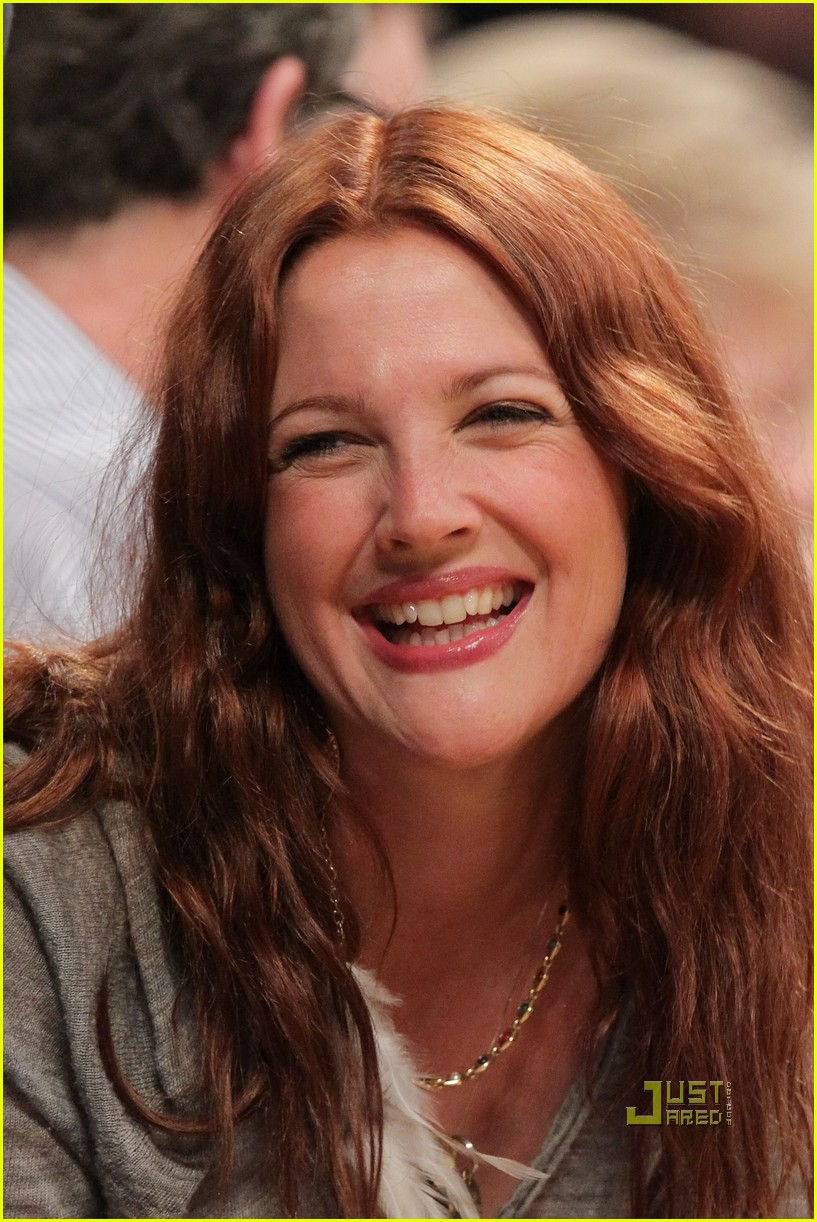 drew barrymore will kopelman lakers game courtside kiss 042537124