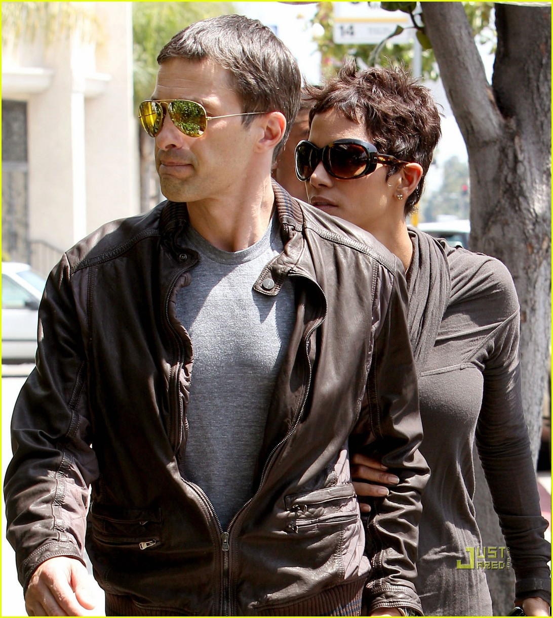 halle berry olivier martinez lunch 062535005