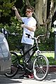 rachel bilson hayden christensen bike riding duo 01