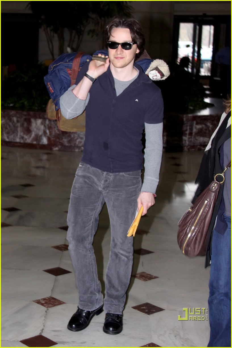 alexis bledel james mcavoy acela dc to nyc 032534679