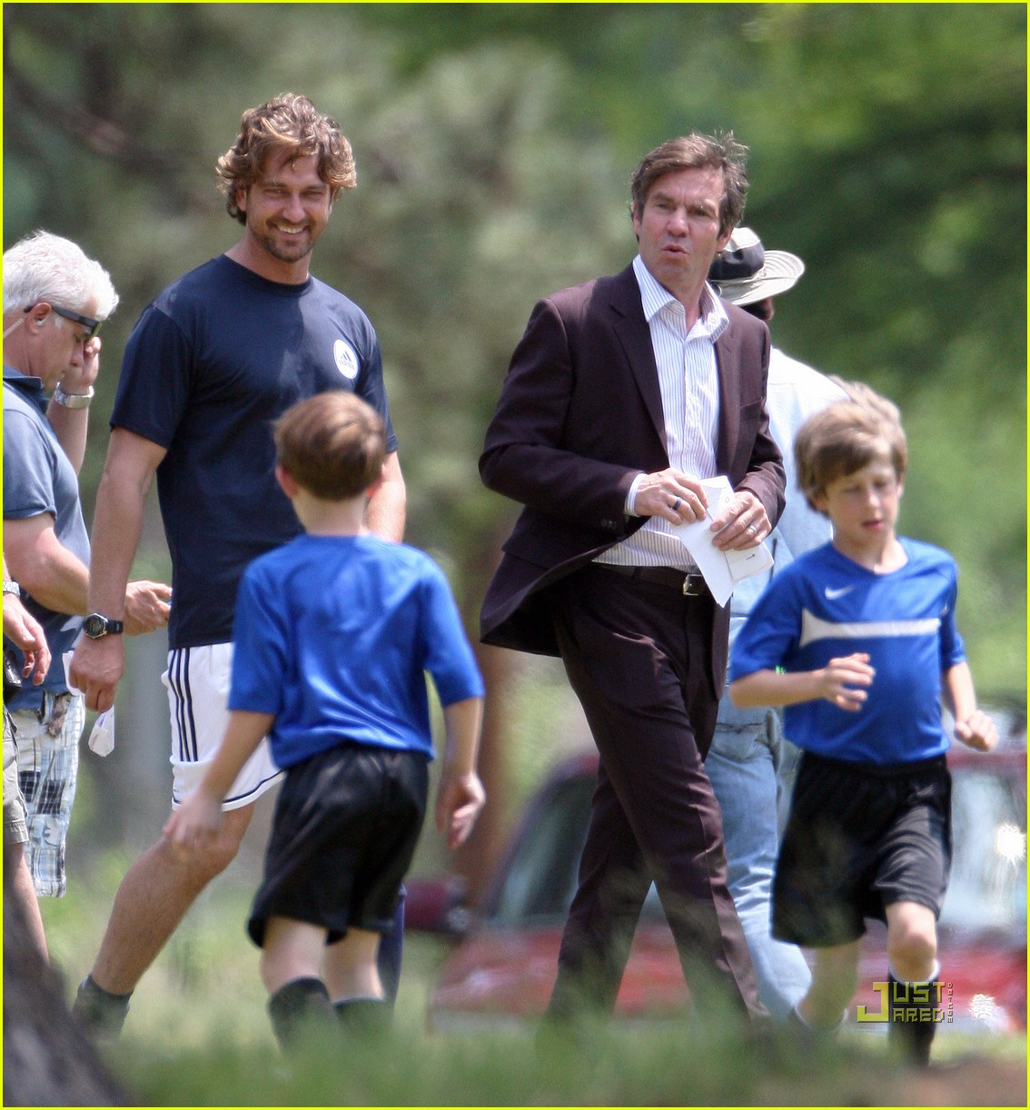 gerard butler playing the field dennis quaid 012536870