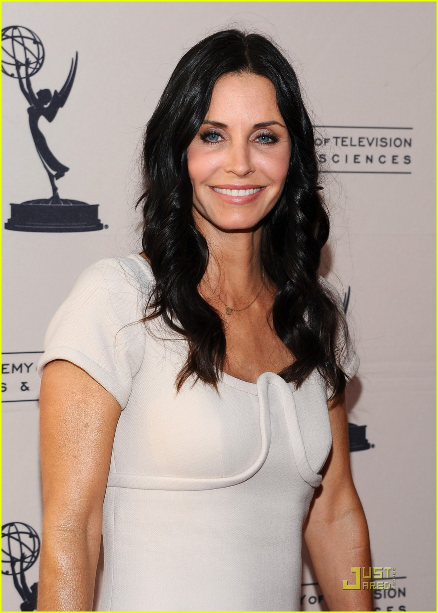 courteney cox cougar academymytext04