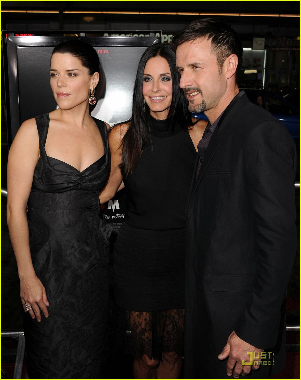 courteney cox david arquette neve campbell scream 4 premiere 09