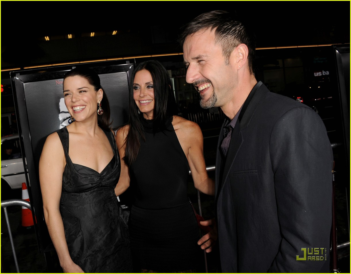 courteney cox david arquette neve campbell scream 4 premiere 12