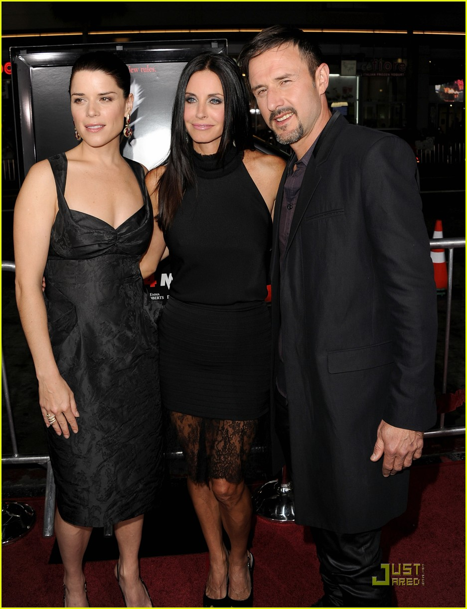 courteney cox david arquette neve campbell scream 4 premiere 17