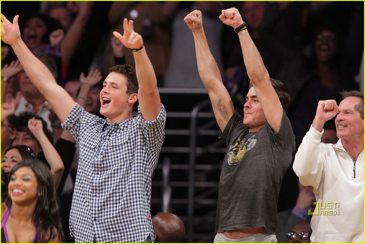 zac efron dylan lakers game 012537115