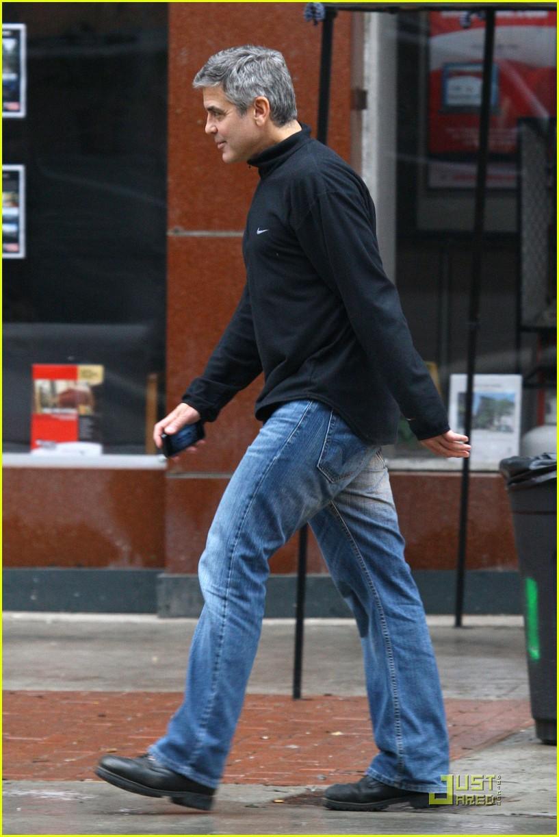 ryan gosling hugs fan 062533208