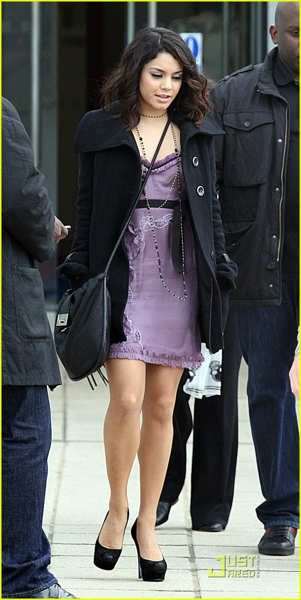 vanessa hudgens around londonmytext07