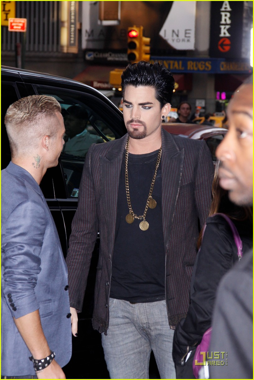 adam lambert facial hair for sister act 052536951