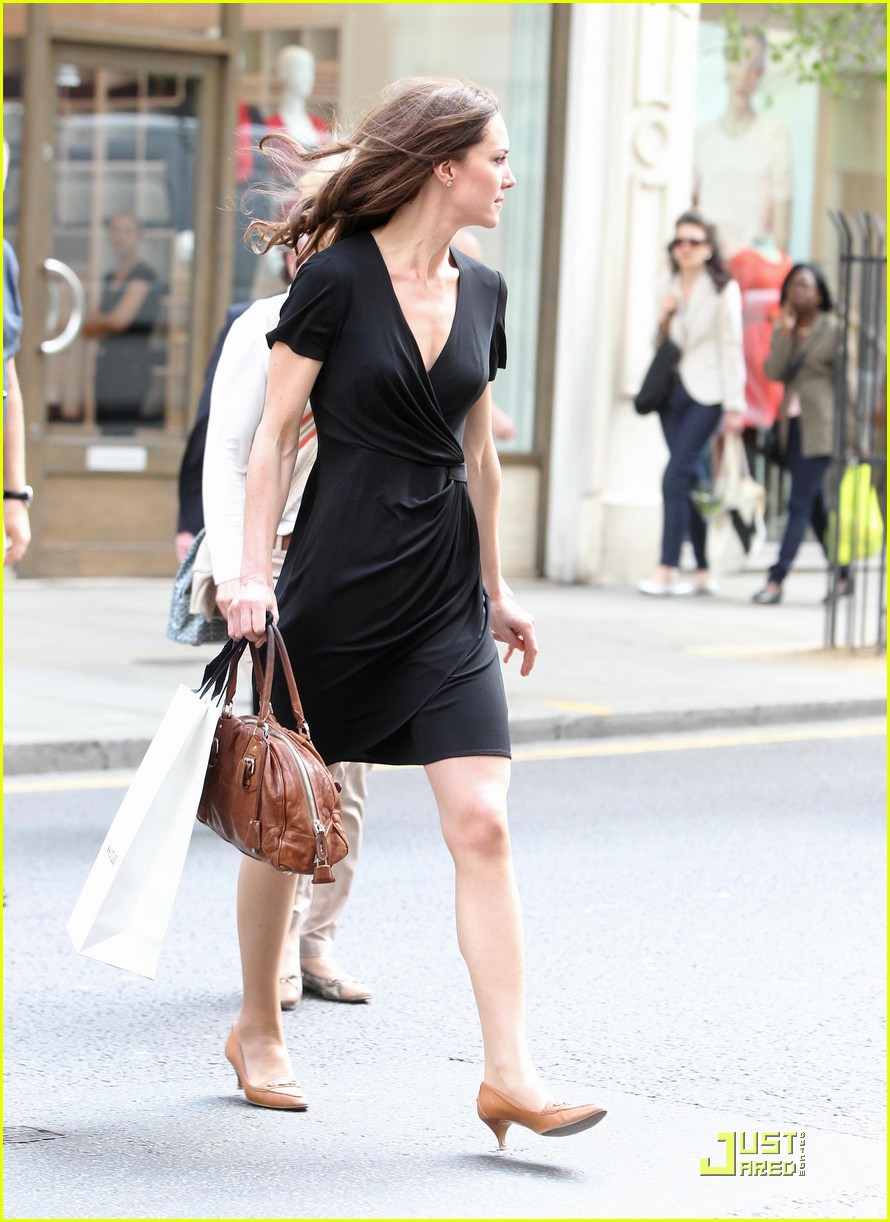kate middleton savvy shopper 112537089