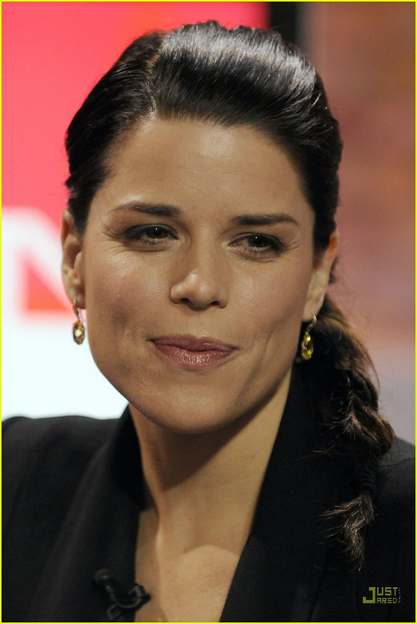 neve campbell marilyn denis show 03