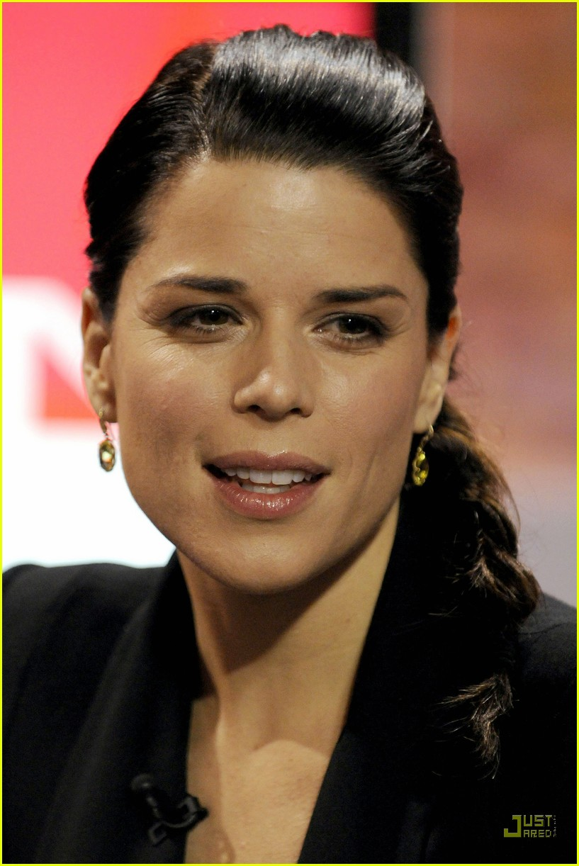 neve campbell marilyn denis show 05