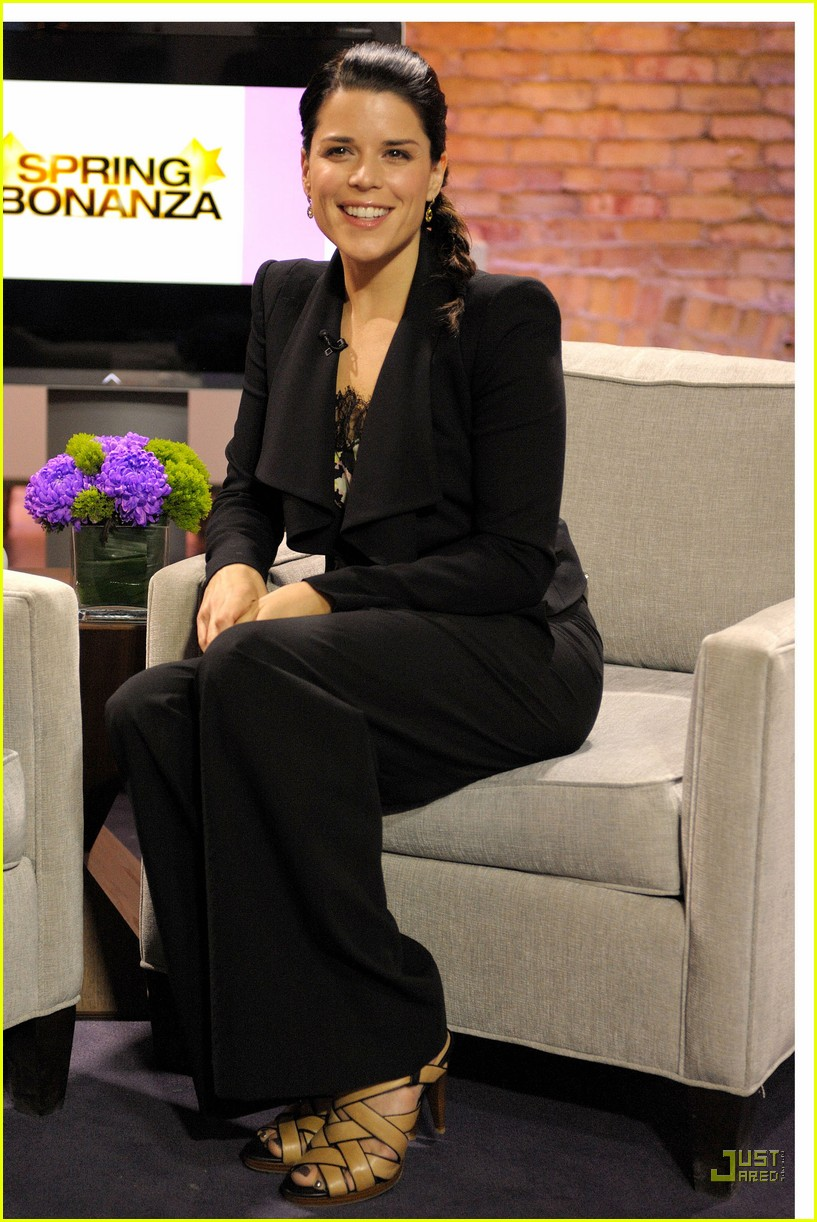 neve campbell marilyn denis show 062531798