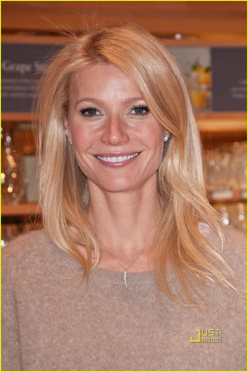 gwyneth paltrow cookbook signing in new jersey photo 2535747 gwyneth paltrow pictures just jared